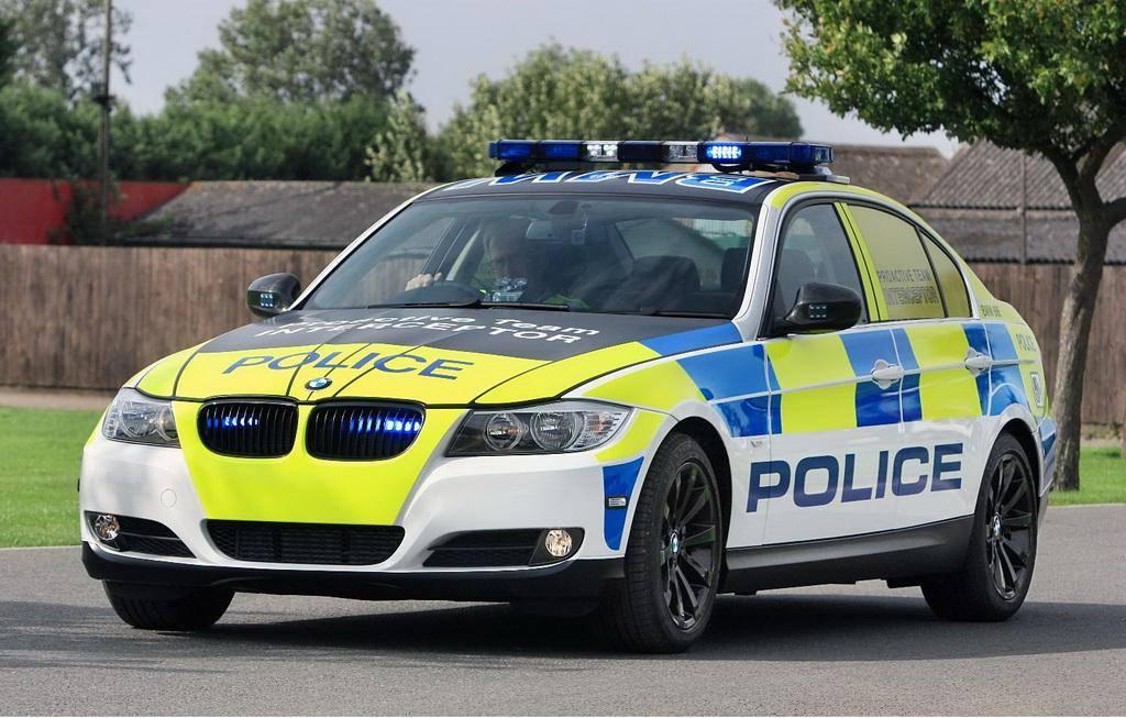 Noile BMW Seria 5 pe urmele infractorilor englezi!