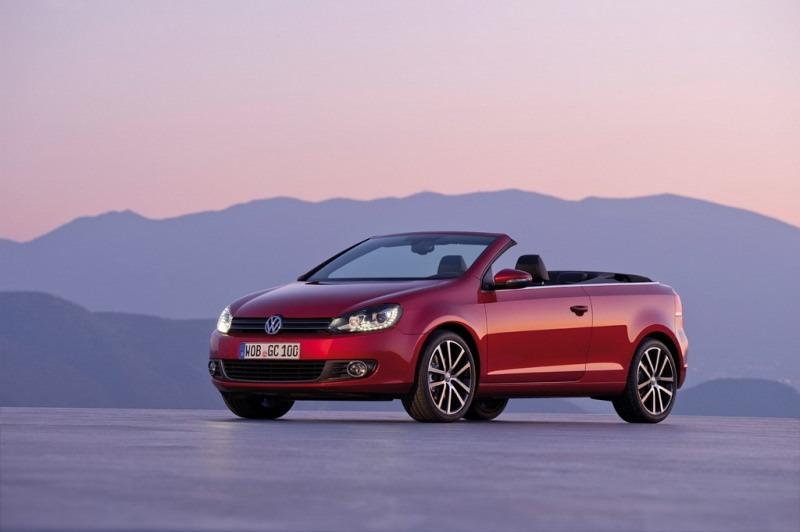 Geneva 2011. VW Golf Cabrio