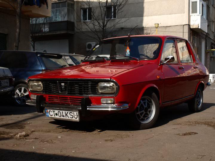 """Interviu. Dacia 1300 by Lucian Buzoianu. """"Maşinile străine sunt plictisitoare!"""""""