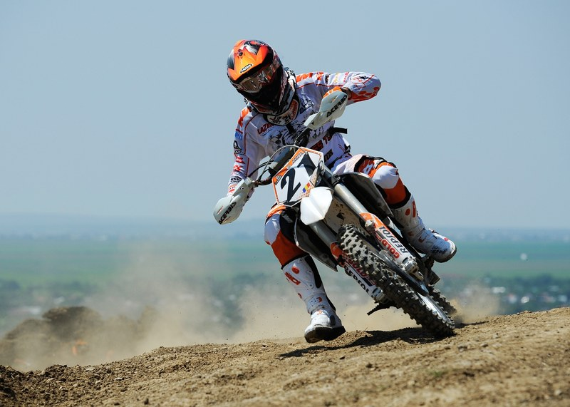 Adrian Raduta, dubla victorie in Campionatul National de Motocross