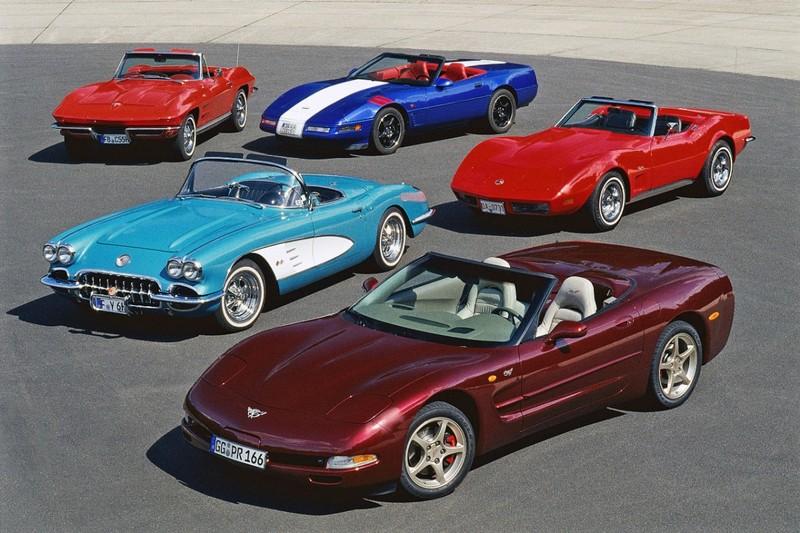 2013: Chevrolet Corvette aniversează 60 de ani de performanţă şi design legendar