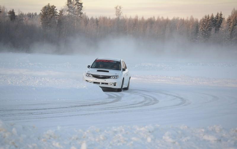 Doua zile de teste pe zapada din Finlanda pentru Marco si Simone Tempestini