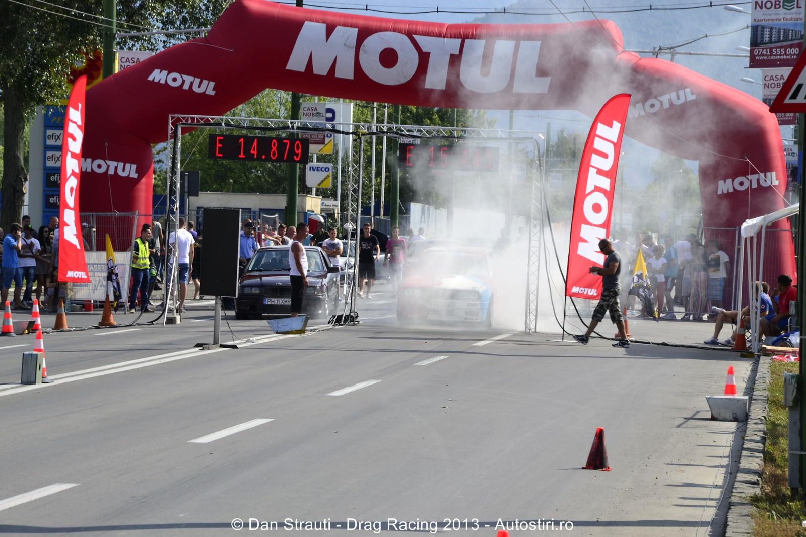 Brasov: Start in a 3-a etapa de Drag Racing
