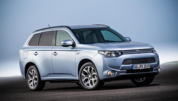 Mitsubishi Outlander PHEV păşeşte în Europa