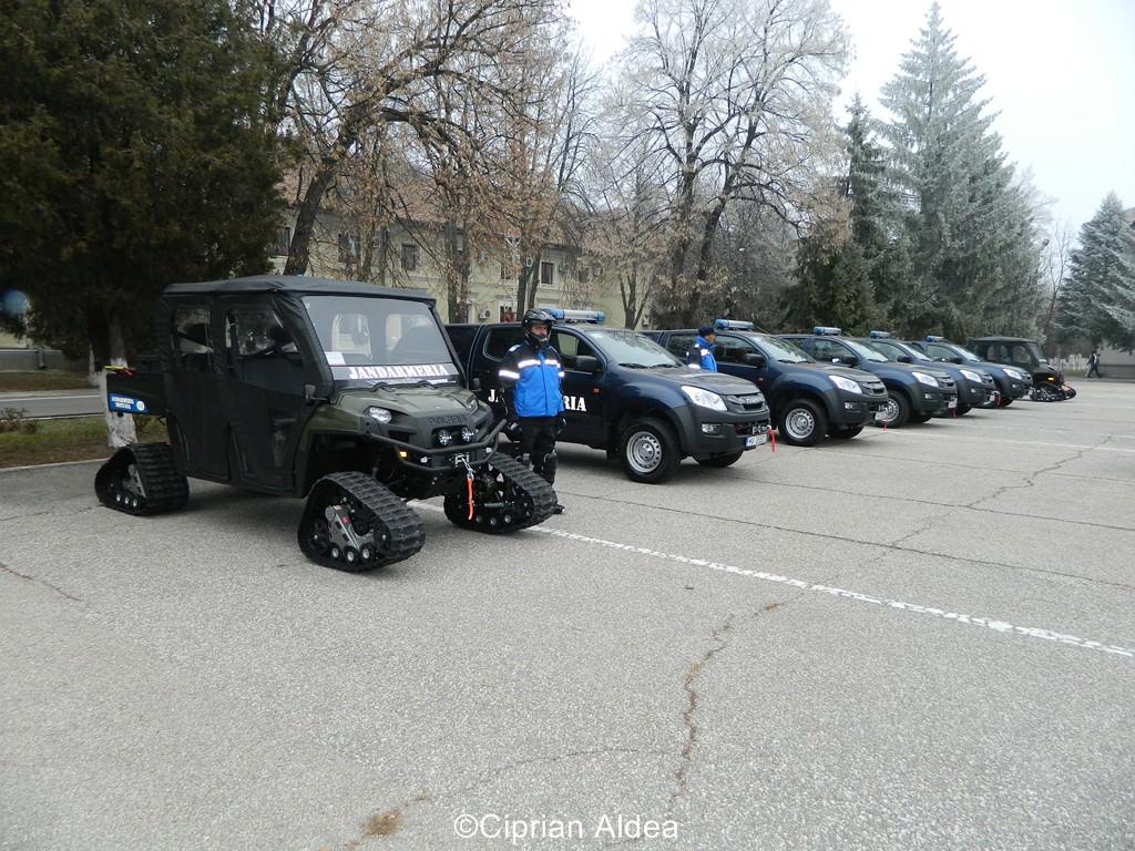 Autovehicule de teren Isuzu și Polaris pentru Jandarmeria Montană Brașov menite să salveze vieți