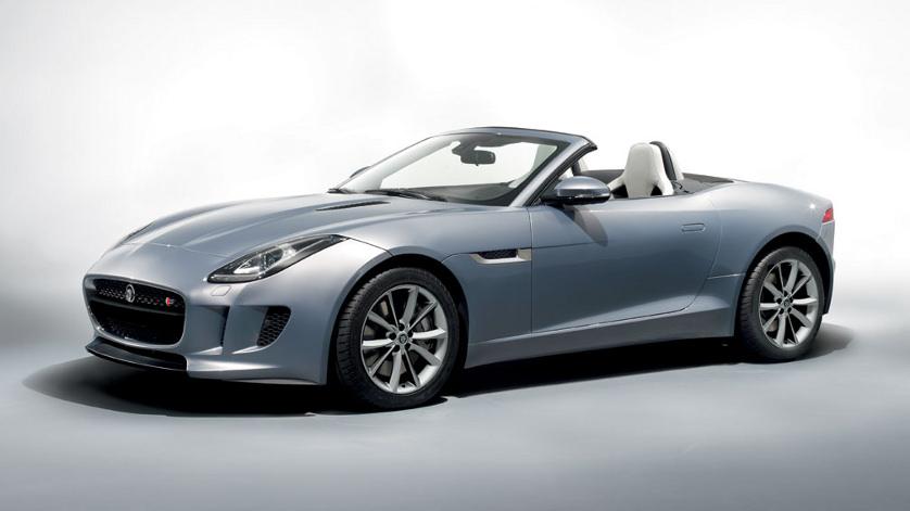 """Jaguar a primit distincţia """"Decapotabila anului"""" pentru modelul F-TYPE"""