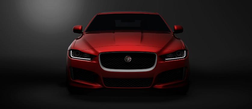 Jaguar XE, model sport sedan, de mărime medie, caroserie din aluminiu