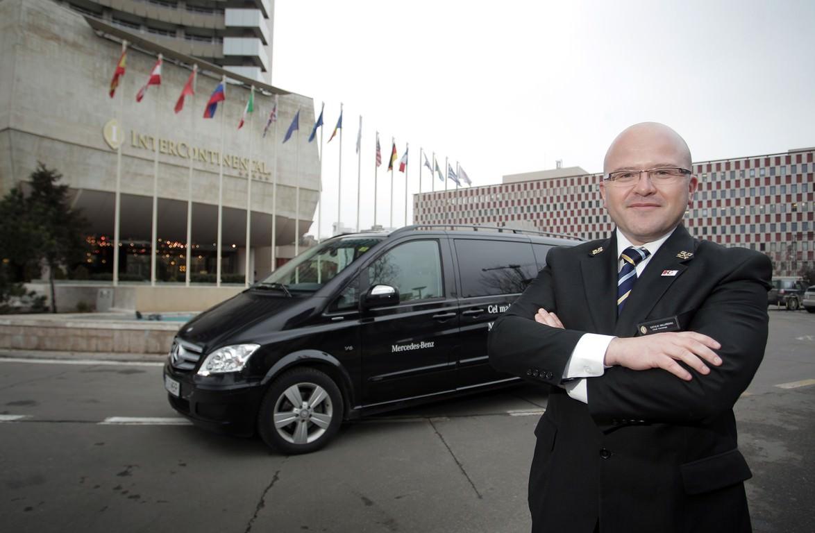 Experienta calatoriei de inalta clasa, Mercedes-Benz Viano si Hotelul InterContinental