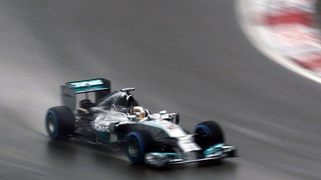 Marele Premiu al Chinei: Lewis Hamilton va pleca din pole position
