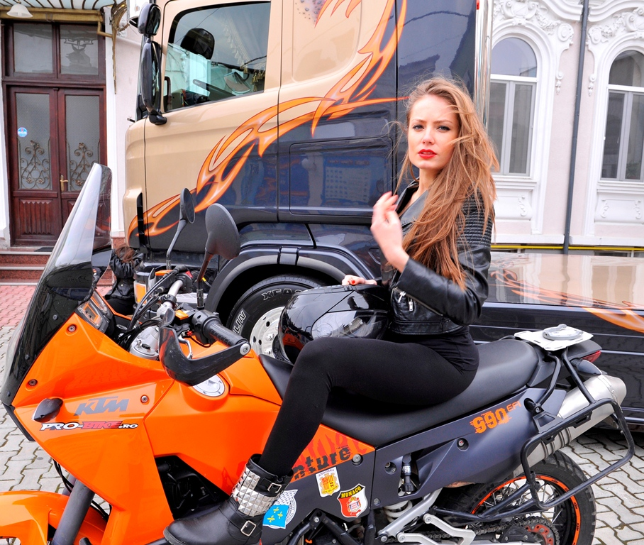 Cel mai frumos camion si cea mai frumoasa motocicleta vor fi desemnate la T-Festival