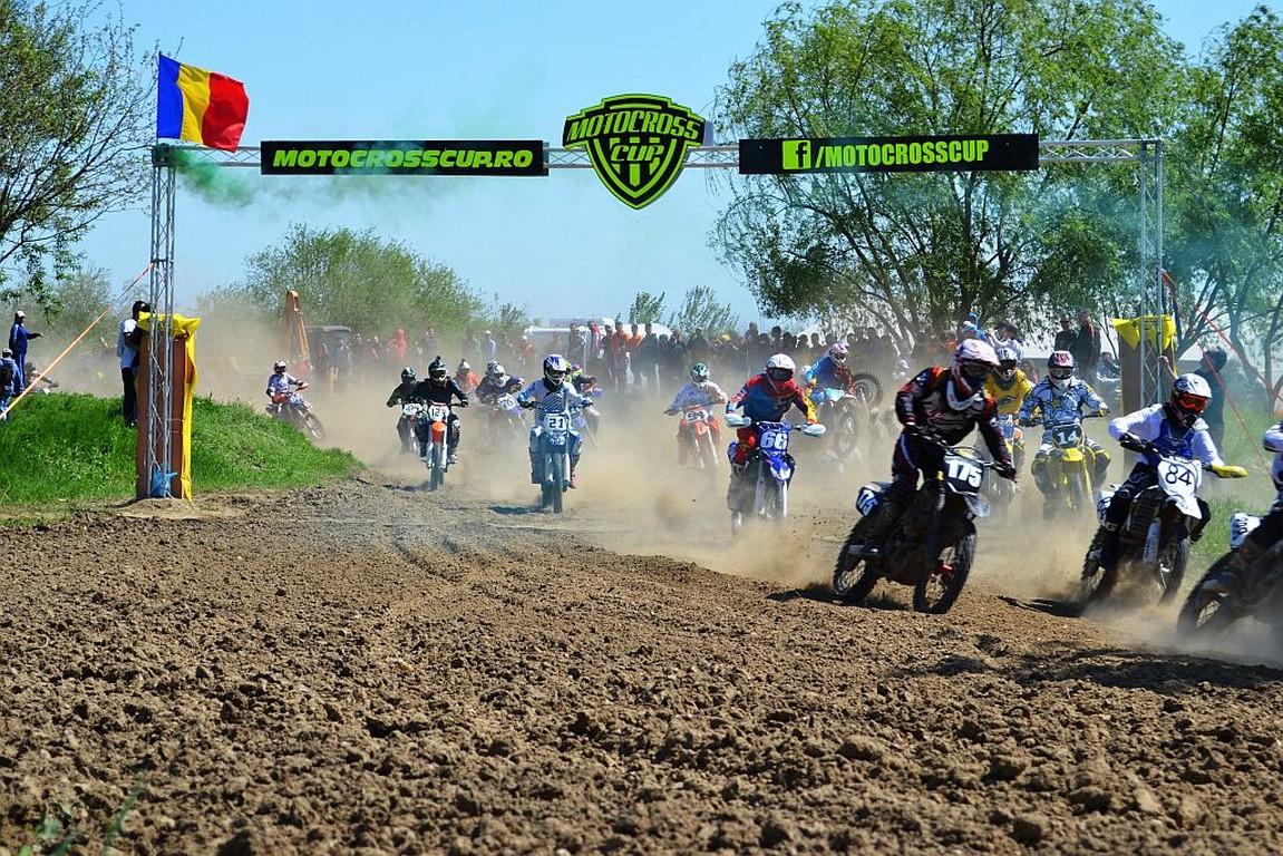 Motocross CUP: Duel intre campionii Adrian Raduta si Mihai Stoichescu