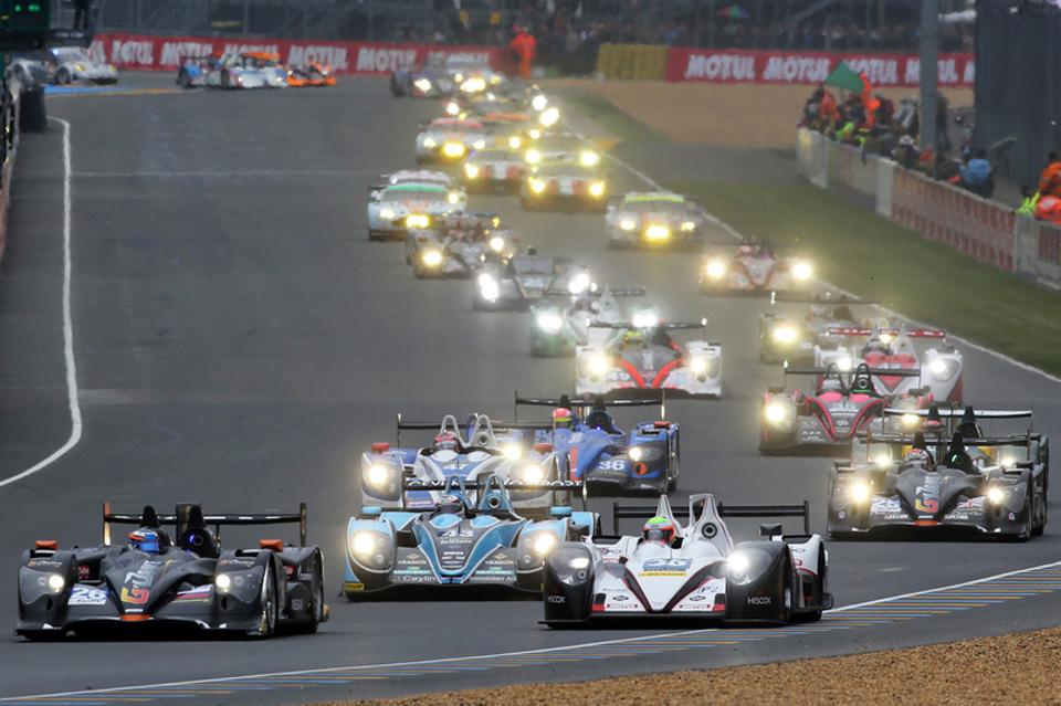Noile anvelope Dunlop pentru cursele de anduranță debutează în 2014 la Silverstone