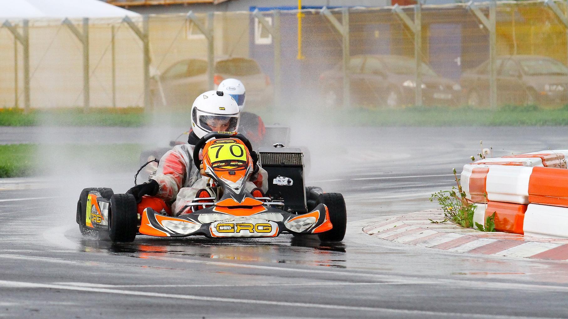Lupta pentru titlurile nationale la karting incepe la Targu Secuiesc