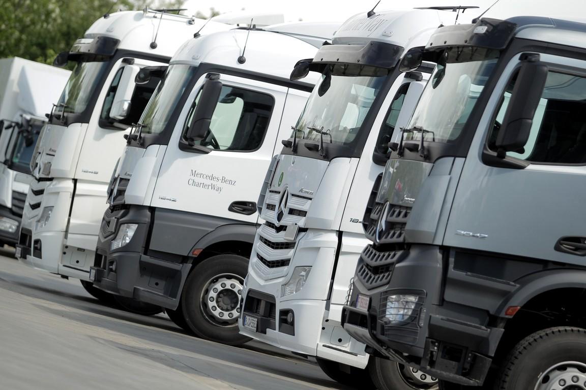 Caravana de camioane Mercedes-Benz Euro VI ajunge în România