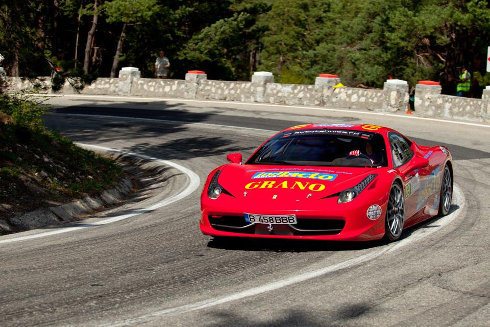 Horatiu Ionescu Cristea, cu Ferrari 458 pe Drumul Poienii