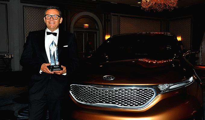 EyesOn Design il onorează pe Peter Schreyer la premiile anuale