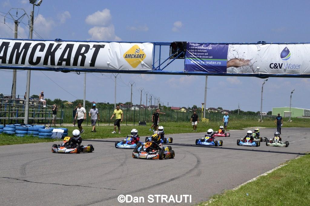 Două zile pline de spectacol pe circuitul AMCKART