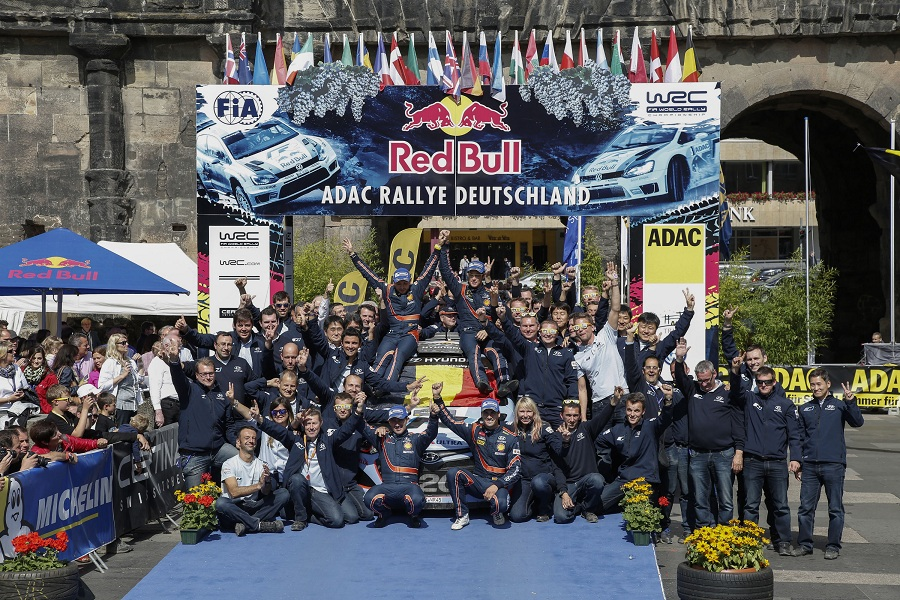 Dubla istorica pentru echipa Hyundai Shell World Rally in Raliul Germaniei