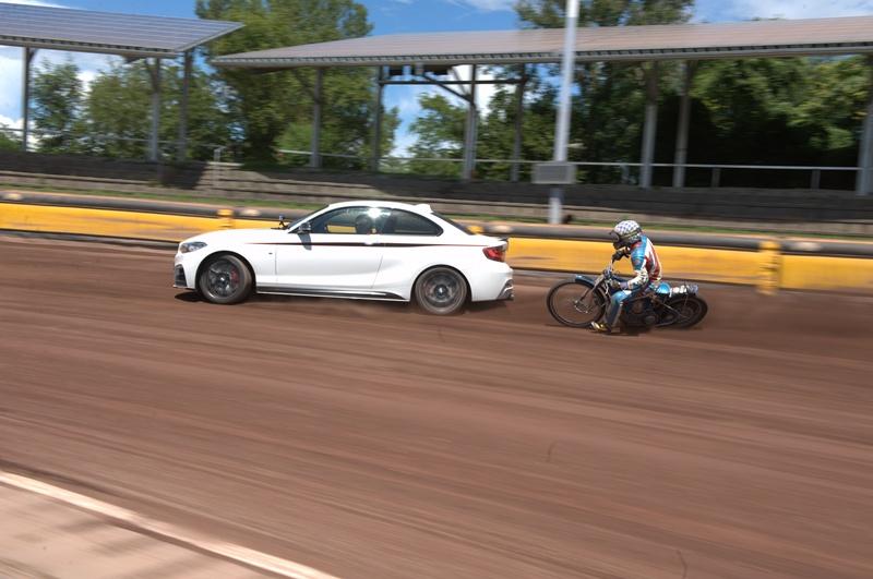 Efficient Dynamics în cea mai pură formă: 5 ore de drifting cu BMW M235i