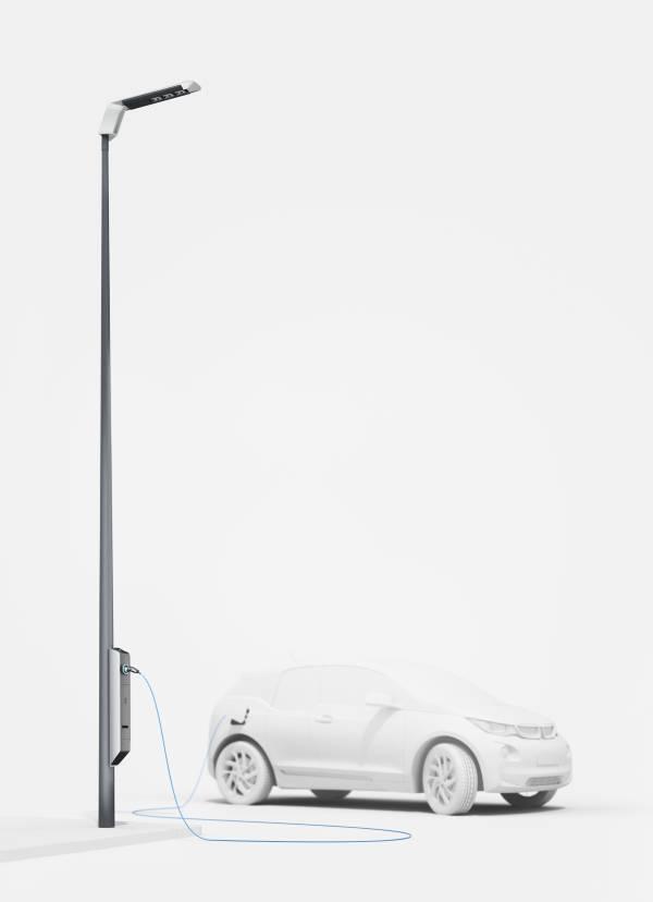 Staţii de încărcare a maşinilor electrice integrate pe stâlpii de iluminat stradal