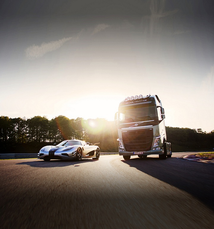 Volvo FH versus Koenigsegg One:1