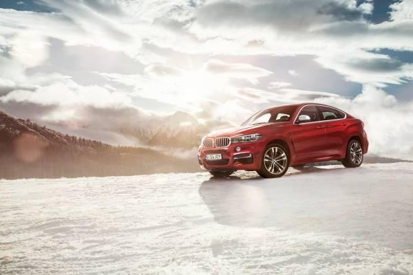 Campanie outdoor a noului BMW X6