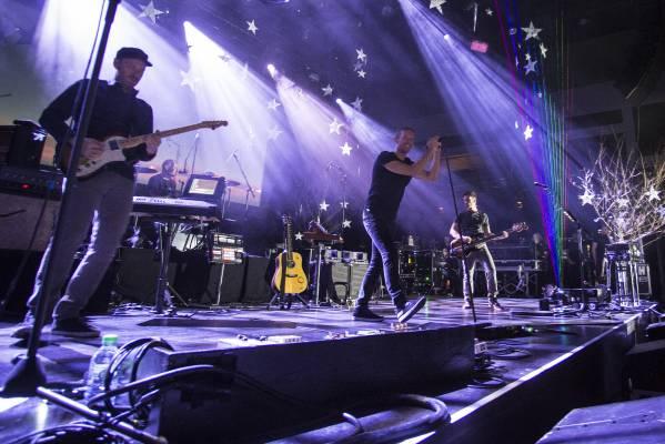 Coldplay şi-a închis turneul mondial printr-un concert exclusiv la BMW Welt