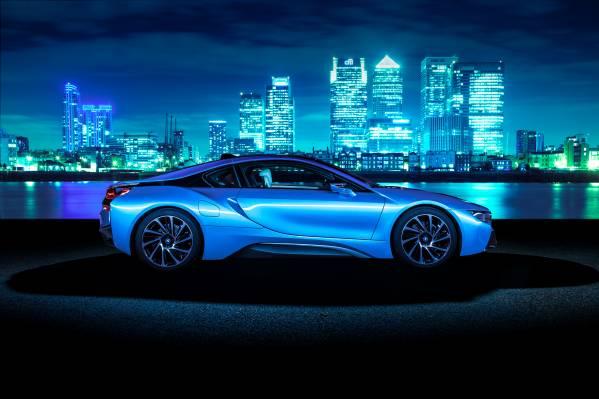 BMW i8 câştigă Top Gear Car of the Year