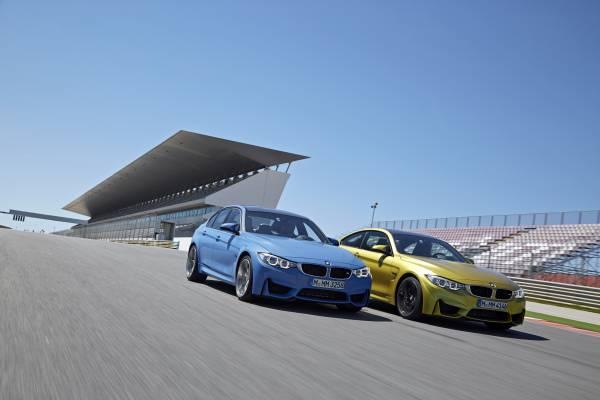 "BMW M3 şi BMW M4 Coupé distinse cu premiul ""Auto Bild Sports Cars of the Year"""