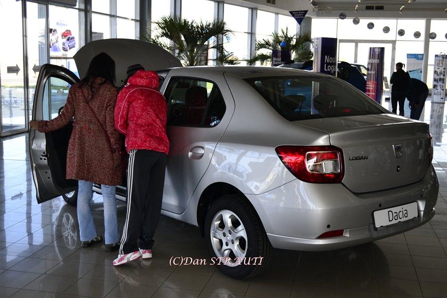 Dacia a reuşit în 2014 cea mai bună performanţă comercială din istoria sa