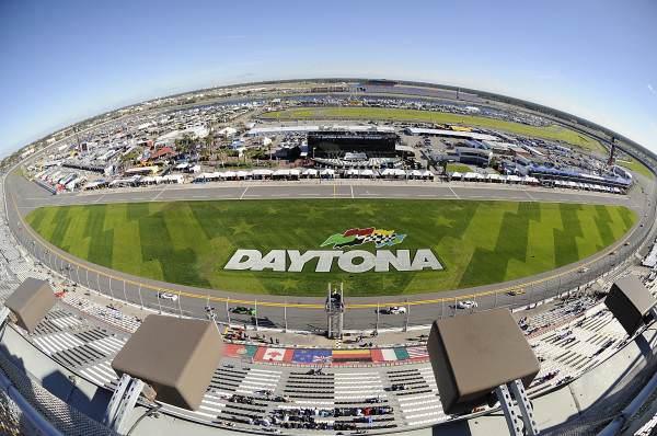 Cursă dramatică – Daytona 24 de ore