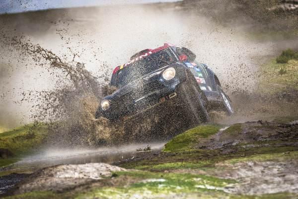 "Dakar 2015: Joan ""Nani"" Roma a câştigat prima sa etapă"