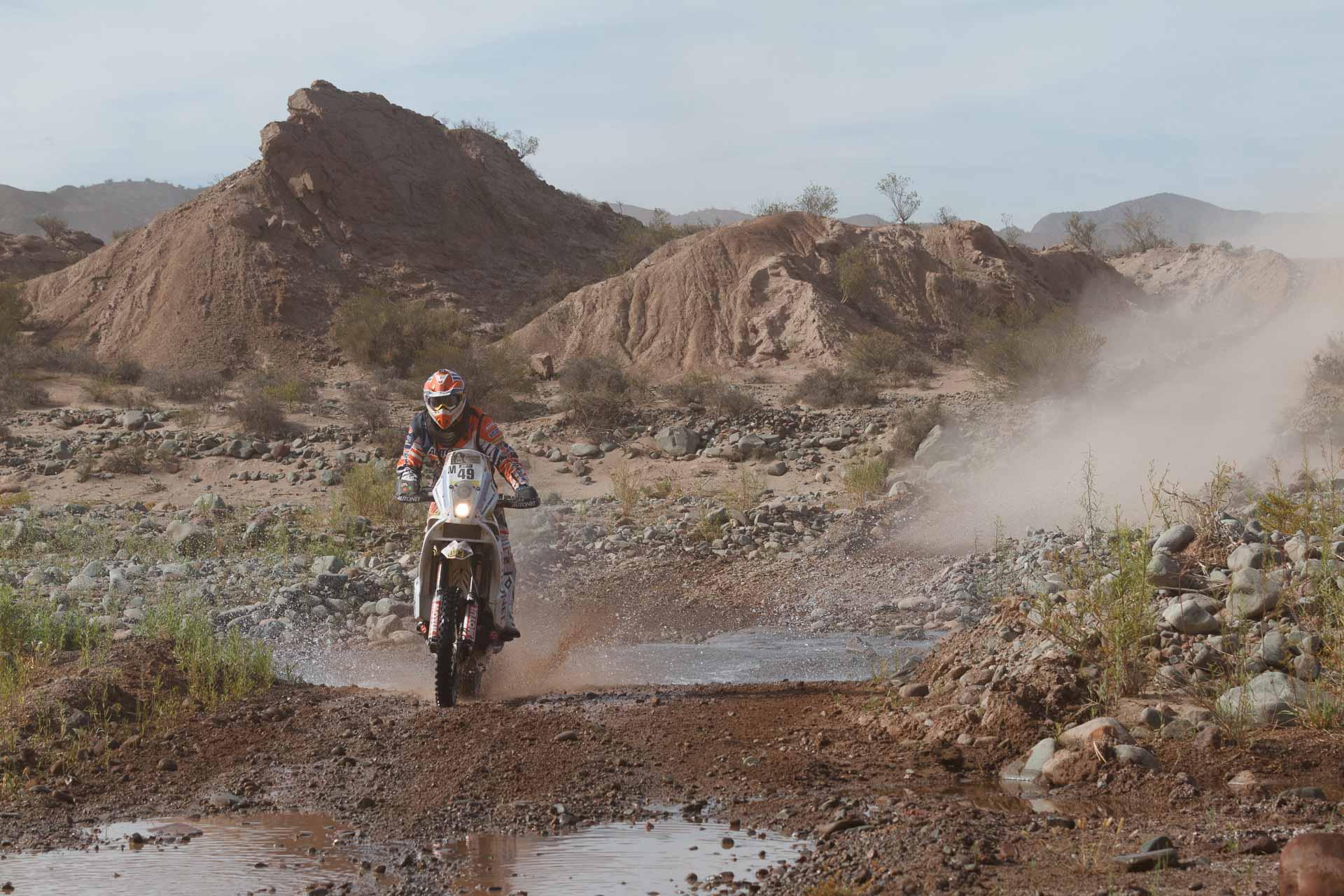 """Dakar 2015: Mani Gyenes """"a supraviețuit"""" trecerii prin Salar de Uyuni"""