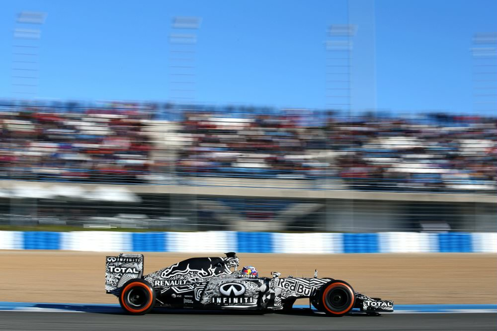 Infiniti Red Bull Racing in teste la Jerez cu RB11