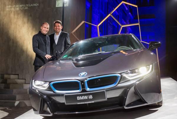 Programul BMW i Pure Impulse Experience, accesul într-un cerc exclusivist al pionierilor