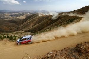 T. Neuville  N. Gilsoul (Hyundai i20 WRC)