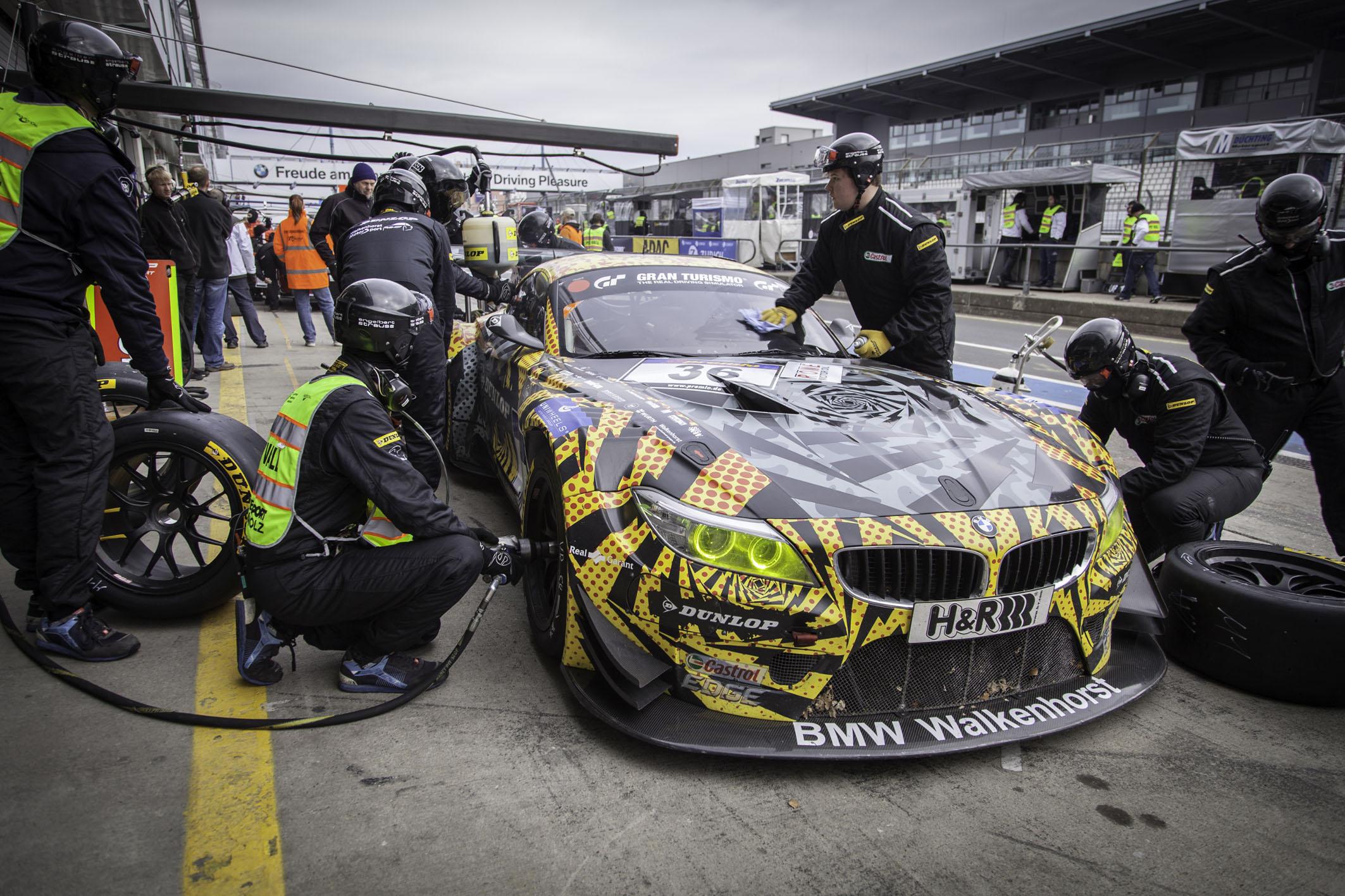 Dunlop face publice parteneriate de nivel înalt pentru cursa de 24 de ore de la Nürburgring