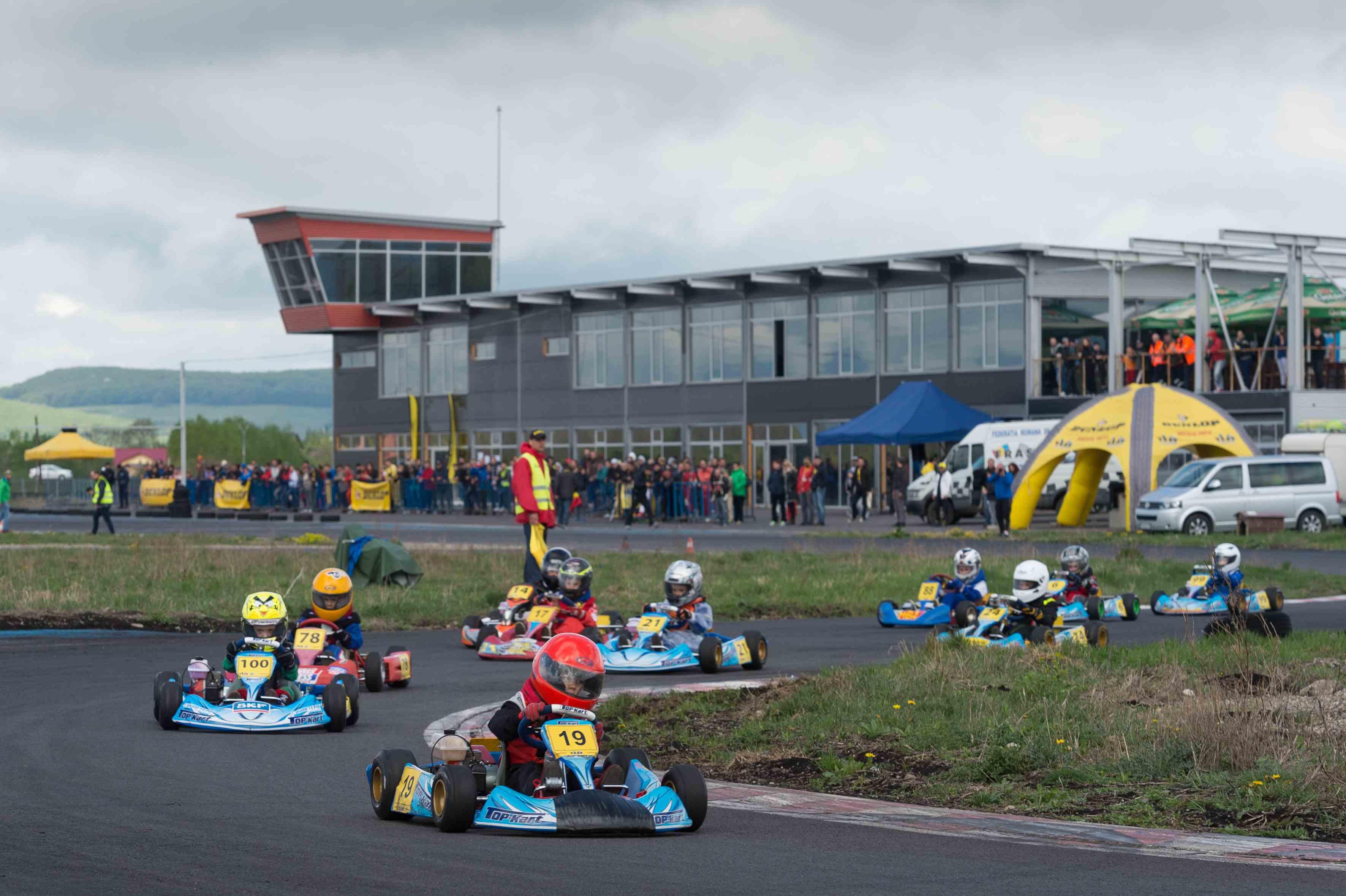 Bacăul va găzdui cea de-a doua etapă a Campionatului Naţional de Karting Dunlop 2015