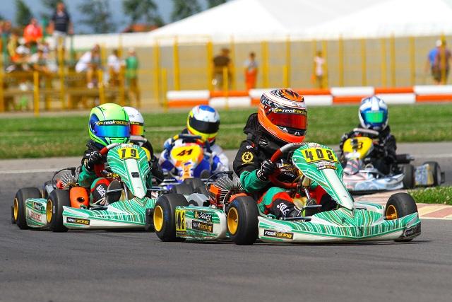 Real Racing și Kristopher Schlett debutează în CIK-FIA Karting Academy Trophy