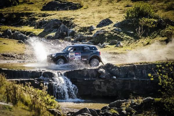 Dublă pentru modelul MINI ALL4 Racing în ediţia 2015 a Desafío Ruta 40