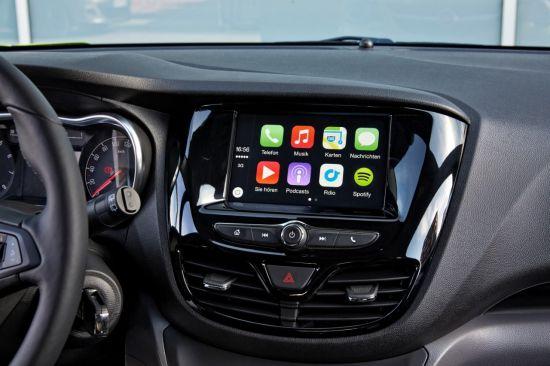 Opel este lider în Android Auto şi Apple CarPlay