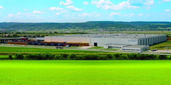 10 ani de performanță logistică la Dacia