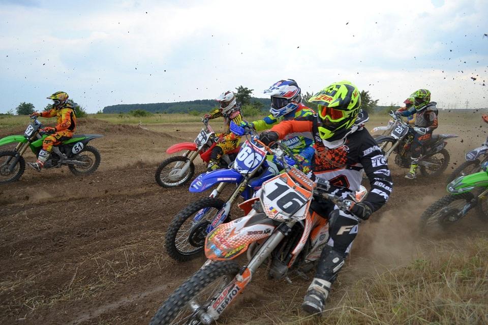 Motocross CUP, etapa III: deliciu pentru incepatori, galop de sanatate pentru profesionisti!