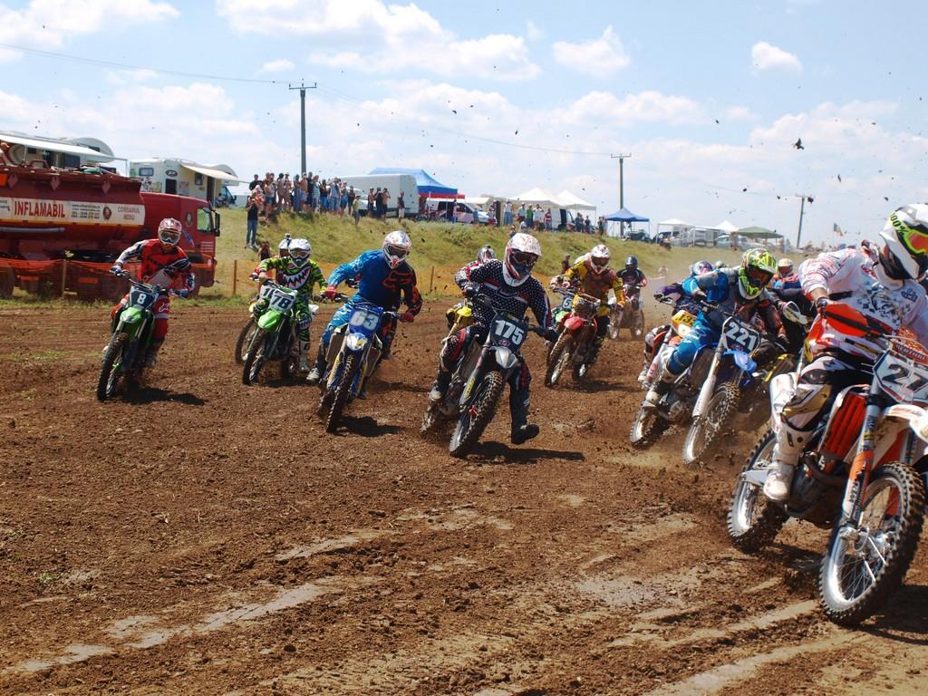Motocross CUP – Etapa a IV-a Bolintin se amana