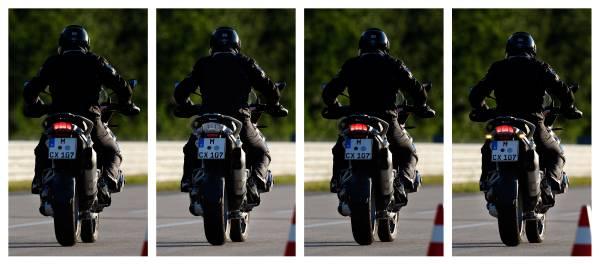 Siguranţă: BMW Motorrad introduce lumini dinamice pentru frânare