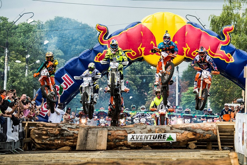 Red Bull Romaniacs: Show urban dominat de Jonny Walker