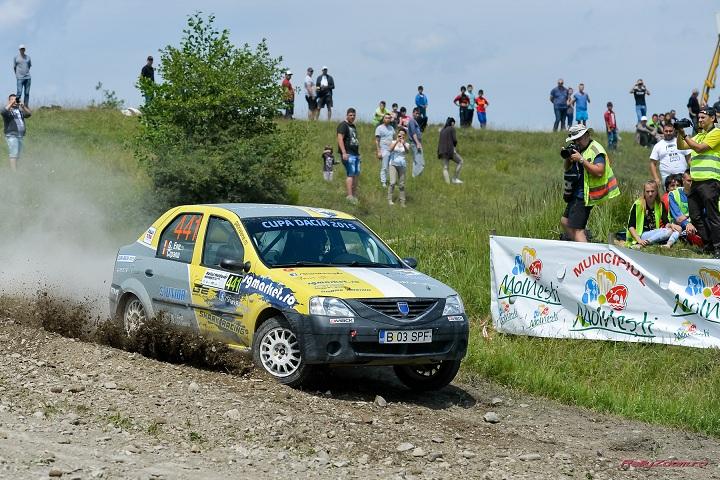Raliul Iasului Cotnari: echipajul Shark Racing revine la Dacia Logan