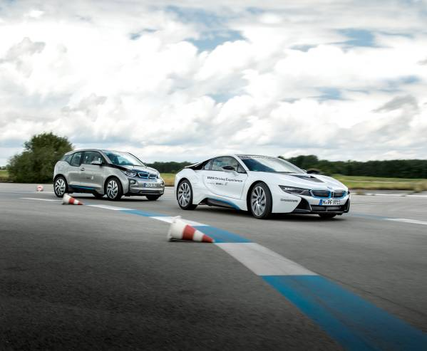 Cursuri de condus cu BMW i8