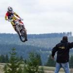 De la motocross la supercross e doar un pas!