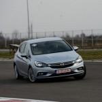 """Opel Astra este """"Mașina Anului 2016 în România"""""""